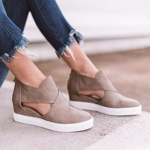 JEFFREY Cut out Sneakers -TAUPE